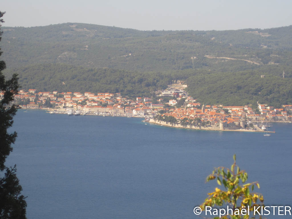 Aperçu de la ville de Korkula depuis le monastère Notre-Dame-des-Anges...