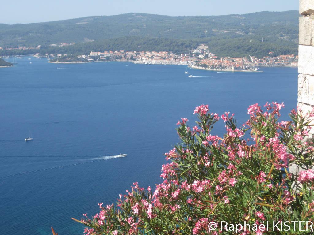 Aperçu de la baie de Korkula depuis le monastère Notre-Dame-des-Anges...