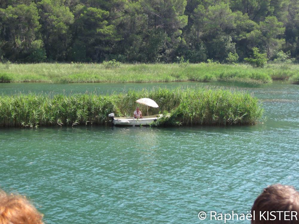 Pêcheur sur la rivière Krka