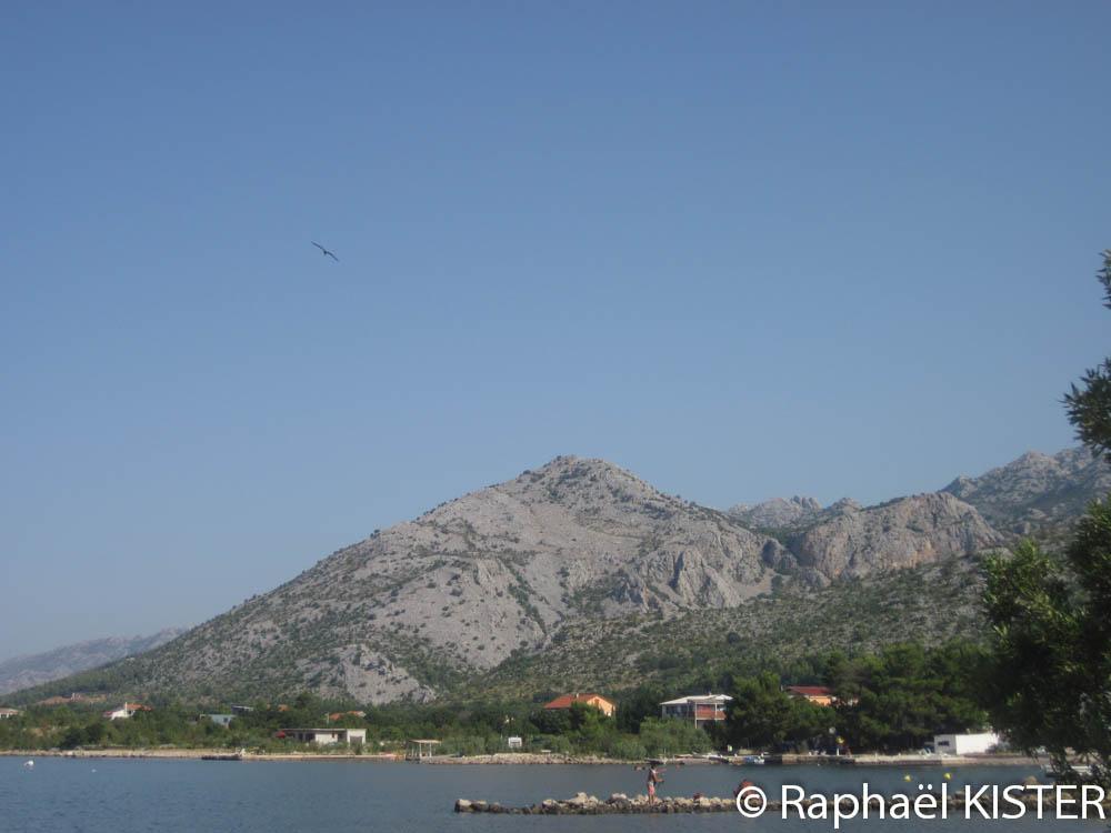Aperçu du parc de Paklenica depuis notre hôtel à Seline