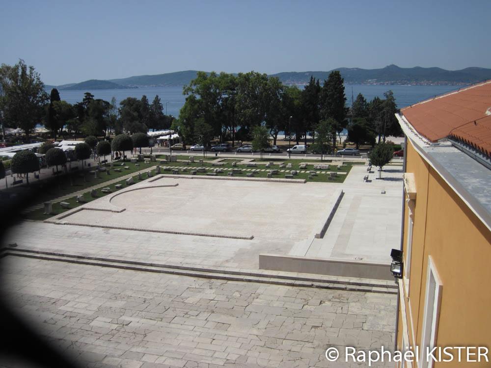 Vu sur le forum romain depuis l'église Saint-Donat