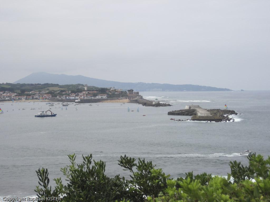 Baie de Saint-Jean de Luz - Ciboure et le fort...