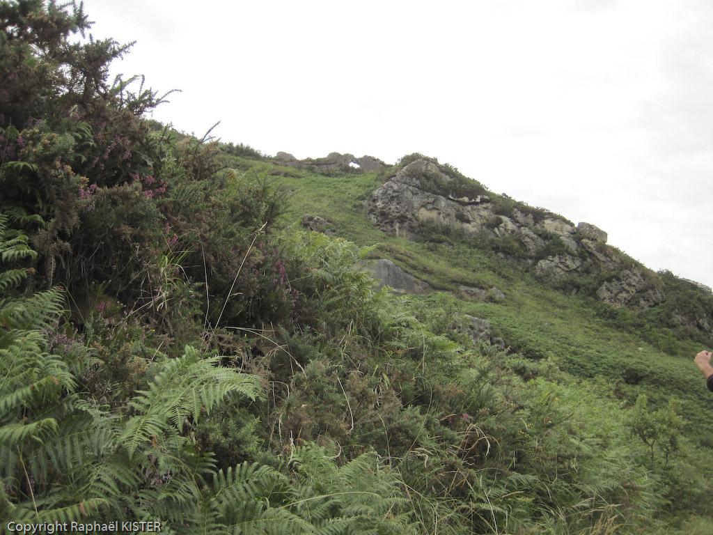Aperçu d'une colline dominant San-Sébastien