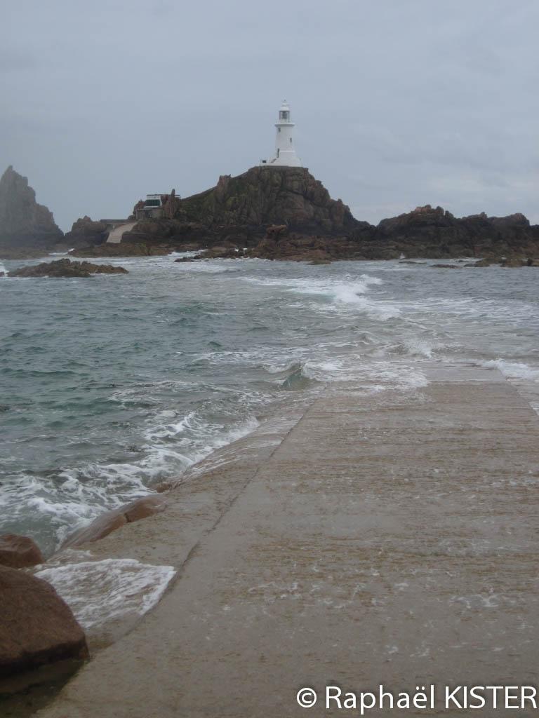 Le phare de Corbière à la pointe sud ouest de Jersey